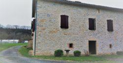 Corps de ferme – 156m² environ – 1.8ha vue dégagée – A rénover – Saint-Antonin-Noble-Val – REF 1391