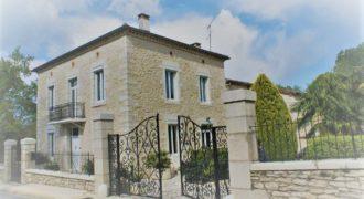 Maison – Bel ensemble de 280m² – Caussade – REF 1364