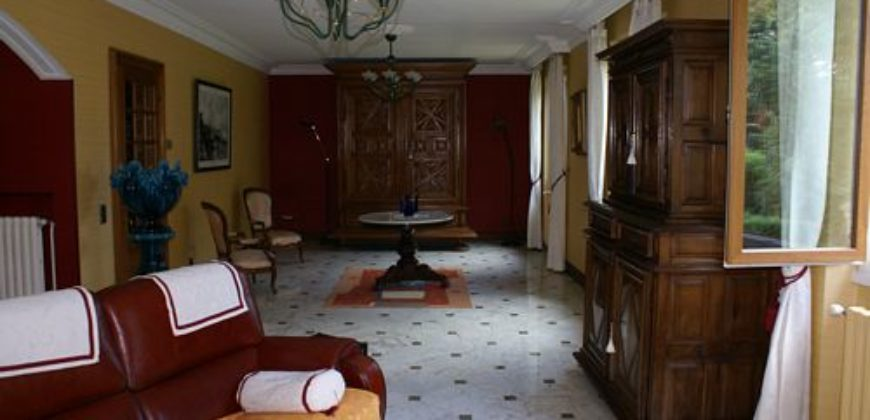 Maison de maître – Pierres – Terrain clos – 5 chambres – Montauban – REF 1113