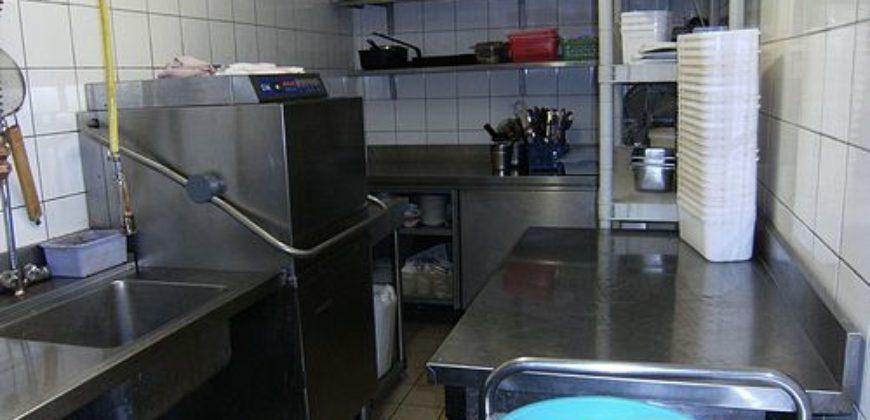 Local commercial – 730 m² – Centre de Montauban – Avec parking – Actuellement restaurant – REF 0938
