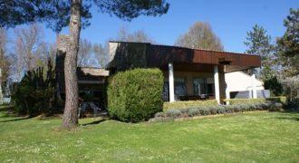 Maison de campagne – Style contemporain – 3 km de Caussade – 7000 m²- REF 1168