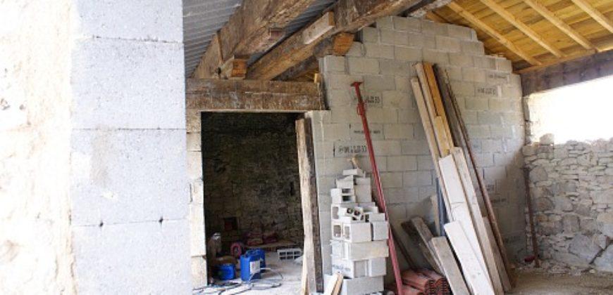 Fermette – Gros oeuvre rénové – Sur 2500 m² – 15 km Nord Caussade – REF 1238