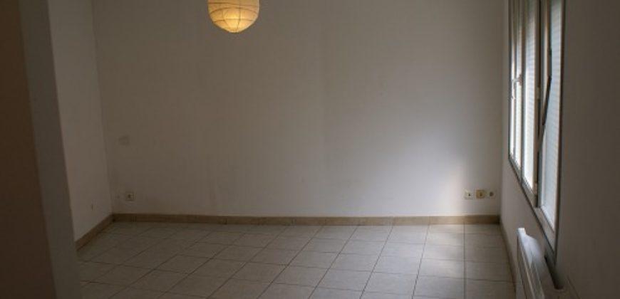Immeuble – Centre ville Caussade – 2 appartements rénovés – REF 0467