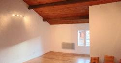 Petit immeuble de trois appartements  – Centre ville – Caussade – REF 1263
