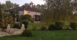 Ensemble rénové – Proche CAUSSADE – Maison et Dépendance – Grange – Piscine – REF 1381