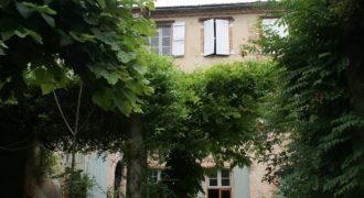 Bien de prestige – Caussade centre – Jardin – Garage – REF 1456