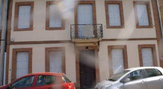 Montauban centre – Grande maison avec cours – Idéale pour profession libérale – REF 1458