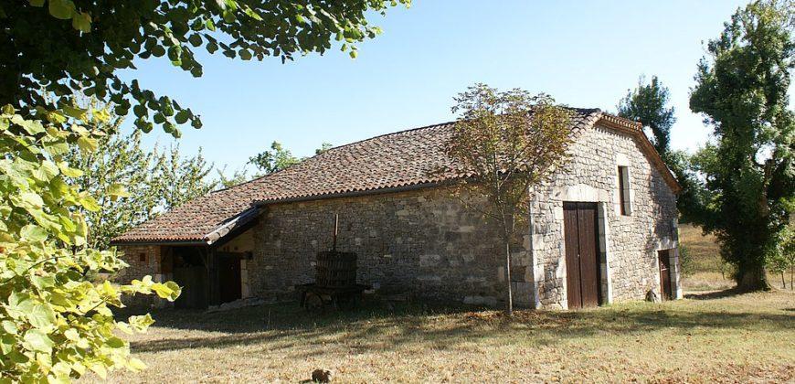 Propriété agricole – Maison – Grange et dépendances – 200 m² – 10 km de Caussade – REF 1473