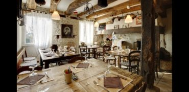 Hotel restaurant-murs et fonds- midi Pyrenees-Belle affaire-ref 1434