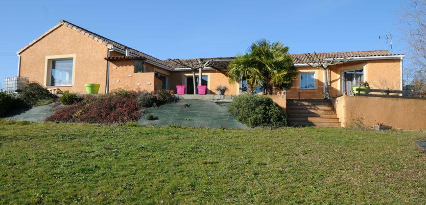 Superbe maison – 10min Caussade – REF 1498