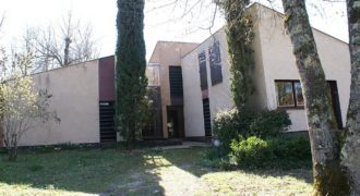 Caussade_maison contemporaine-à rénover-piscine couverte-gd terrain-ref 1506