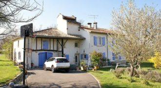 Maison de caractère-22 km Est Caussade-rénovée-grand terrain belle vue au calme- ref 1509