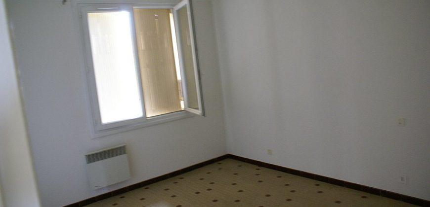 Maison-centre Caussade- T6-Garage ou deux appartements T2 et T5-jardin-ref 1520