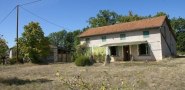 Fermette-grange et maison a rénover-terrain 1700 m²-20 km Nord Caussade-REF 1532