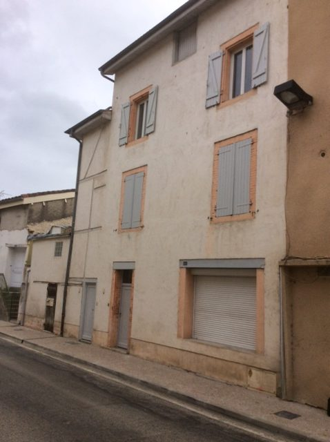 Immeuble avec 2 appartements indépendants centre Caussade EN EXCLUSIVITÉ REF: 1542