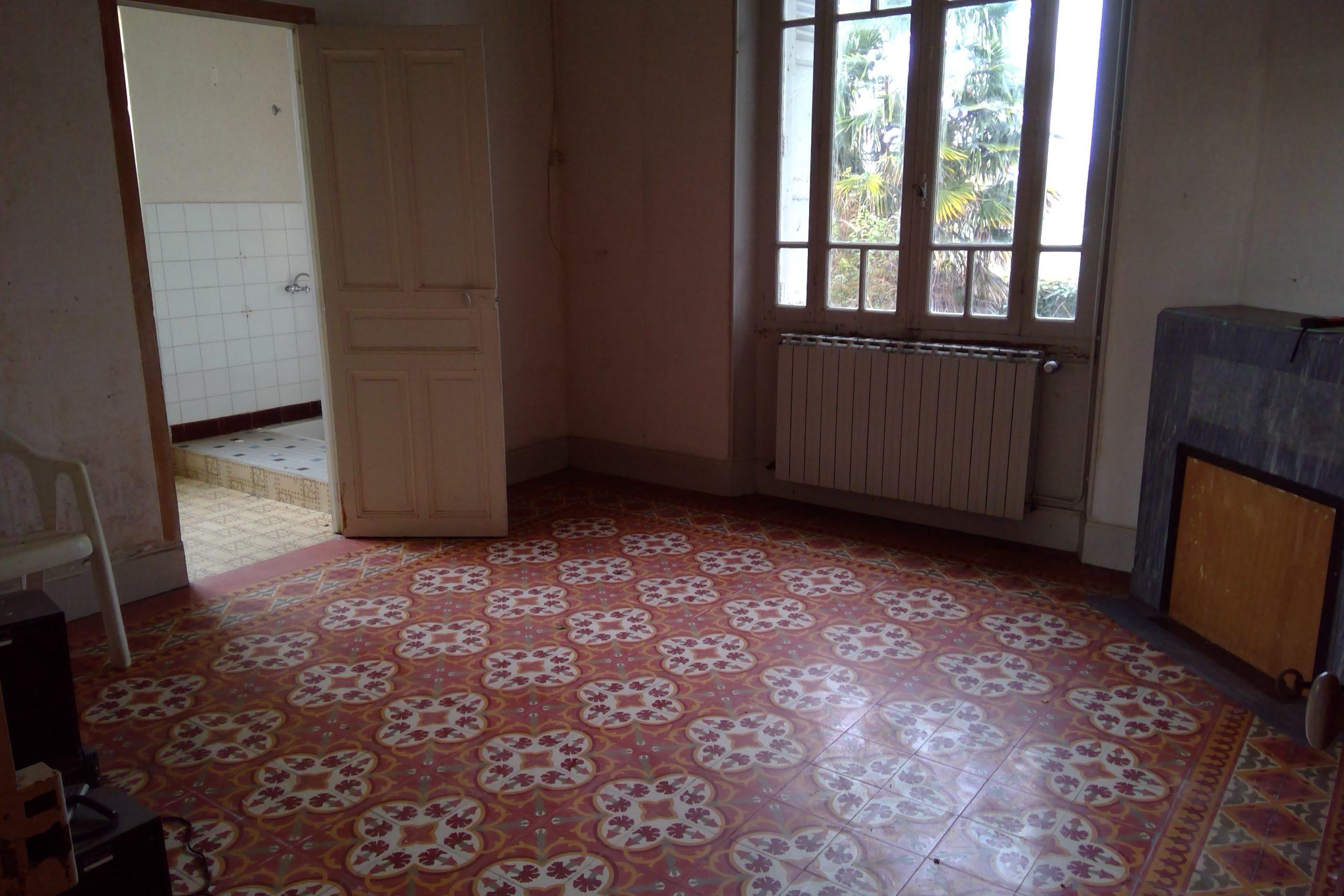 Maison avec dépendances sur 1.3h de terrain, 15km  de Montauban à BARRY D'ISLEMADE REF: 1554