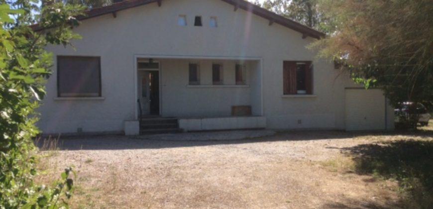 Pavillon plain-pied sur un magnifique parc 3 chambres 10mn de Caussade REF: 1558 En Exclusivité
