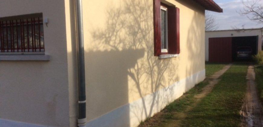 Belle opportunité Caussade Centre, Pavillon de plain-pied avec double garage En Exclusivité REF: 1559