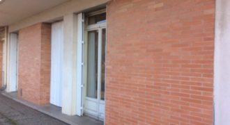 Appartement de 104m2 au centre de Caussade REF: 1611