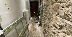 Immeuble  avec appartement indépendant T4 et restaurant  a St Antonin Noble Val emplacement première ligne ref 1662